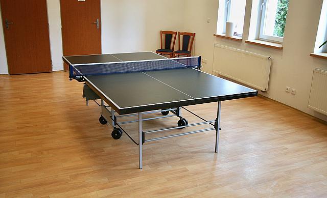 8-stolni-tenis-relaxcentrum