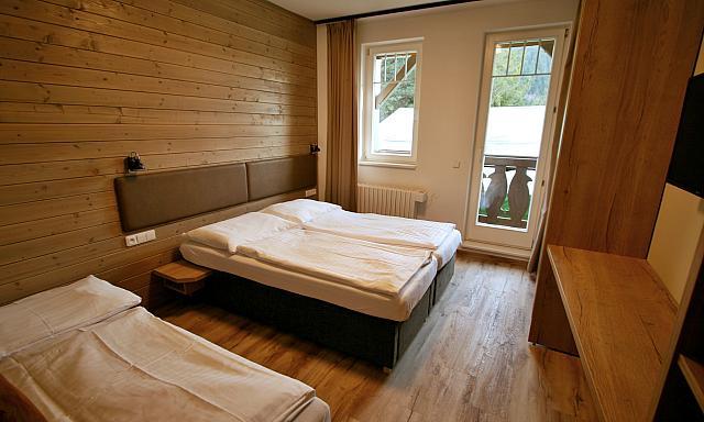 Dvoulůžkový pokoj s balkónem