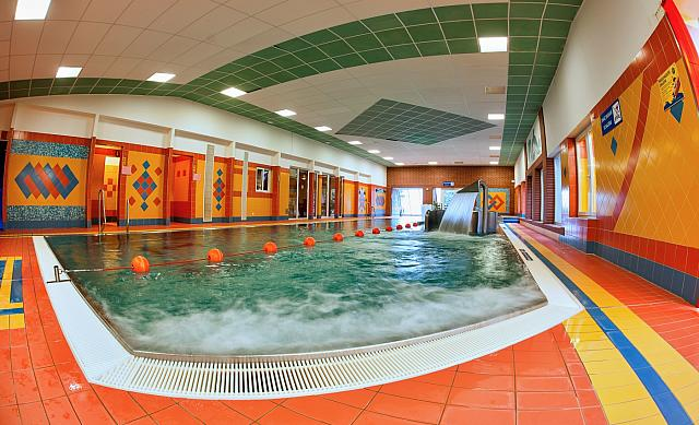 8-bazen-v-relaxcentru