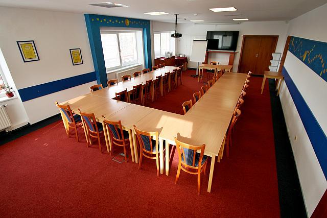 Velká školící místnost