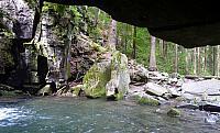přístup k vodopádu