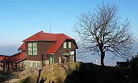 Turistická chata na vrcholu
